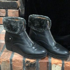 Pikolinos Black leather boots size 40
